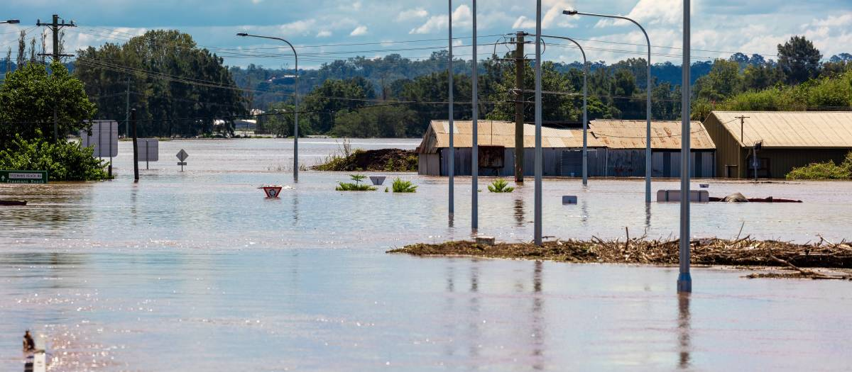 How droughts and flooding rains affect Australians' mental health